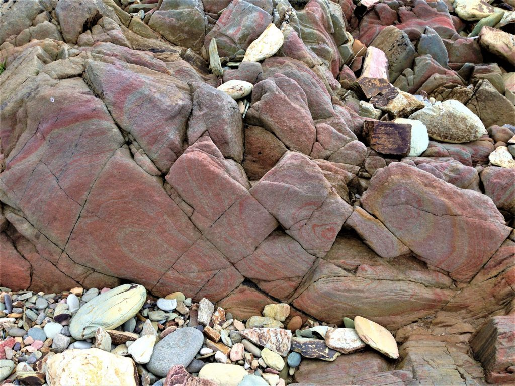 Red- & Grey-banded Sandstone at Red Strand